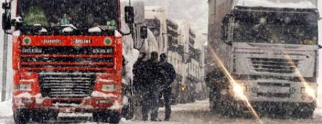 Maltempo: stop ai mezzi pesanti su autostrade e strade extraurbane Abruzzo